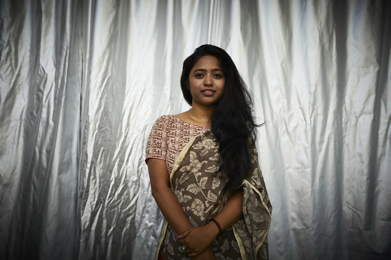 Priyanka Aelay performance lors de son vernissage de sortie de résidence à la Réserve Bienvenue - Résidence croisée Bordeaux Hydérabad